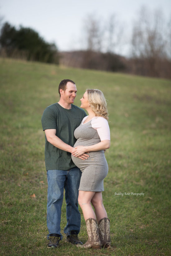 Maternity Photo Session, Hunterdon County NJ, Milford NJ Photographer, Maternity Photographer near me