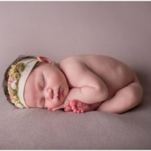 Frenchtown NJ newborn photographer, baby photographer nj